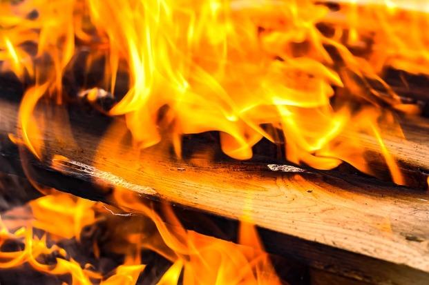fire-1707042_1280.jpg