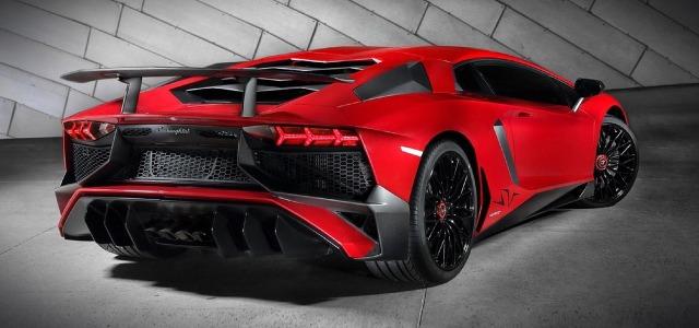 luxury-sports-car-1043632_1280.jpg