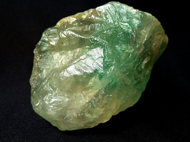 fluorite-1598472_1280.jpg