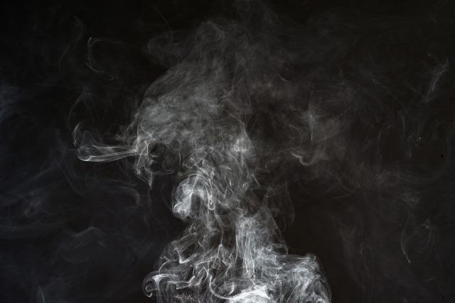 smoke-2437886_960_720.jpg