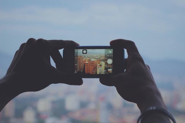 smartphone-731274_1280